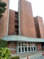 Apartamento En Ventaen Caracas, Los Pomelos, Venezuela, VE RAH: 16-15661