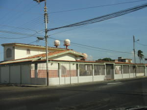 Casa En Ventaen Punto Fijo, Santa Fe, Venezuela, VE RAH: 16-17184