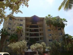 Apartamento En Ventaen Tucacas, Tucacas, Venezuela, VE RAH: 16-16041