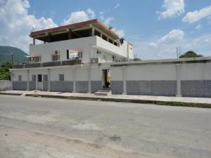 Local Comercial En Ventaen Ocumare De La Costa, El Playon, Venezuela, VE RAH: 16-16061
