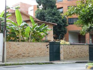 Casa En Ventaen Caracas, Los Palos Grandes, Venezuela, VE RAH: 16-17576