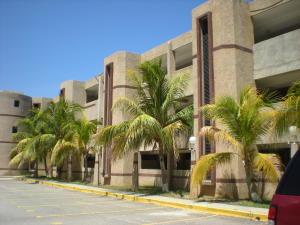 Apartamento En Ventaen Parroquia Caraballeda, Tanaguarena, Venezuela, VE RAH: 16-18119