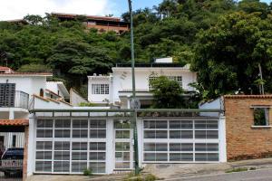 Casa En Ventaen Caracas, El Cafetal, Venezuela, VE RAH: 16-18286