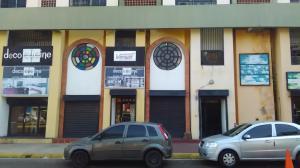 Local Comercial En Ventaen Maracaibo, Padilla, Venezuela, VE RAH: 16-18516
