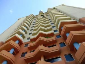 Apartamento En Ventaen Guarenas, La Vaquera, Venezuela, VE RAH: 16-18628