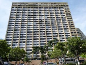 Apartamento En Ventaen Parroquia Caraballeda, Los Corales, Venezuela, VE RAH: 16-18794