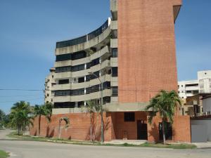 Apartamento En Ventaen Parroquia Caraballeda, Tanaguarena, Venezuela, VE RAH: 16-18838