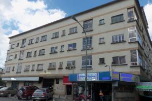 Apartamento En Ventaen Caracas, La Carlota, Venezuela, VE RAH: 16-18895