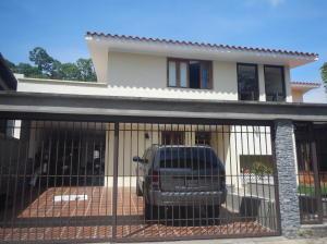 Casa En Ventaen Caracas, Santa Paula, Venezuela, VE RAH: 16-19099
