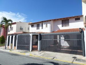 Casa En Ventaen Barquisimeto, Club Hipico Las Trinitarias, Venezuela, VE RAH: 16-18948