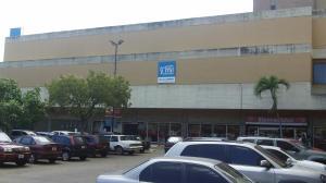 Local Comercial En Ventaen Maracaibo, Avenida Bella Vista, Venezuela, VE RAH: 16-19154