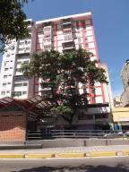 Apartamento En Ventaen Caracas, Parroquia Santa Rosalia, Venezuela, VE RAH: 16-19312