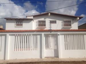 Casa En Ventaen Punto Fijo, Santa Fe, Venezuela, VE RAH: 16-19728