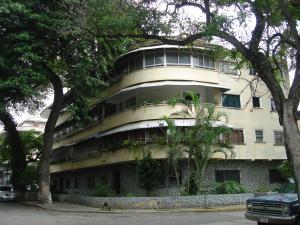 Apartamento En Ventaen Caracas, Los Chaguaramos, Venezuela, VE RAH: 16-19521