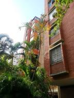 Apartamento En Ventaen Caracas, Santa Sofia, Venezuela, VE RAH: 16-19642