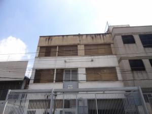 Edificio En Ventaen Caracas, Catia, Venezuela, VE RAH: 16-19790