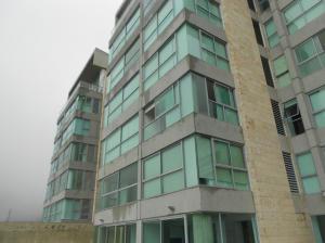 Apartamento En Ventaen Caracas, Lomas Del Sol, Venezuela, VE RAH: 16-19844