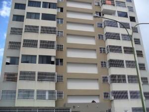Apartamento En Ventaen Caracas, Municipio Baruta, Venezuela, VE RAH: 16-19901
