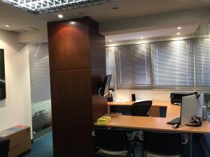 Oficina En Ventaen Caracas, La Trinidad, Venezuela, VE RAH: 17-196