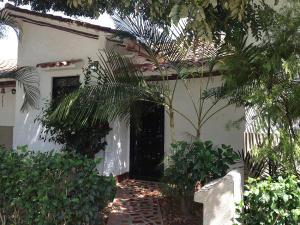 Townhouse En Ventaen Higuerote, Higuerote, Venezuela, VE RAH: 17-289