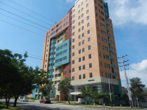 Apartamento En Ventaen Municipio Naguanagua, Maã±Ongo, Venezuela, VE RAH: 17-356