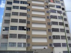 Apartamento En Ventaen Caracas, Municipio Baruta, Venezuela, VE RAH: 17-1081