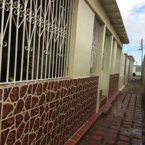 Casa En Ventaen Punto Fijo, Antiguo Aeropuerto, Venezuela, VE RAH: 17-949