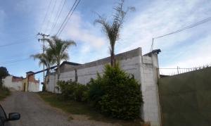 Terreno En Ventaen Caracas, Caicaguana, Venezuela, VE RAH: 17-1436