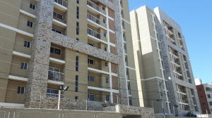Apartamento En Ventaen Maracaibo, Plaza Republica, Venezuela, VE RAH: 17-1840