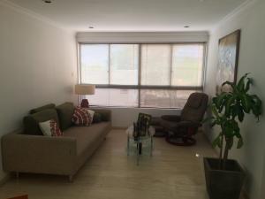 Apartamento En Alquileren Maracaibo, Paraiso, Venezuela, VE RAH: 17-1861