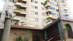 Apartamento En Ventaen Caracas, Los Chaguaramos, Venezuela, VE RAH: 17-2233