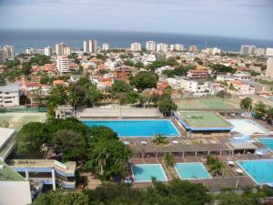 Apartamento En Ventaen Parroquia Caraballeda, Los Corales, Venezuela, VE RAH: 17-2260