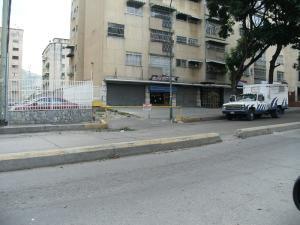 Local Comercial En Ventaen Caracas, Vista Alegre, Venezuela, VE RAH: 16-8245