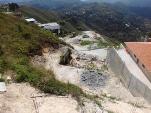 Terreno En Ventaen Caracas, Los Guayabitos, Venezuela, VE RAH: 17-2588