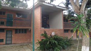 Apartamento En Ventaen Rio Chico, Los Canales De Rio Chico, Venezuela, VE RAH: 17-2647