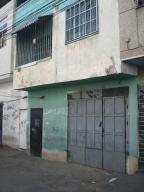 Local Comercial En Ventaen Caracas, Catia, Venezuela, VE RAH: 17-2725