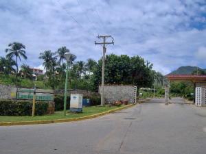 Apartamento En Ventaen Margarita, Guacuco, Venezuela, VE RAH: 17-4036