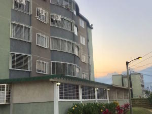 Apartamento En Ventaen Guatire, La Sabana, Venezuela, VE RAH: 17-3043