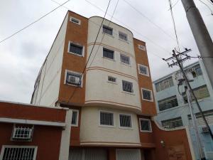 Apartamento En Ventaen San Juan De Los Morros, Villa Los Morros, Venezuela, VE RAH: 17-3371