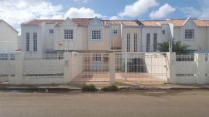 Casa En Ventaen Coro, 450 Años, Venezuela, VE RAH: 17-3467