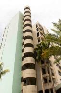 Apartamento En Ventaen Margarita, Porlamar, Venezuela, VE RAH: 17-3851