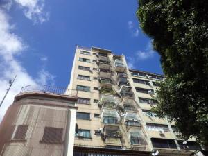 Apartamento En Ventaen Caracas, Sabana Grande, Venezuela, VE RAH: 17-3869