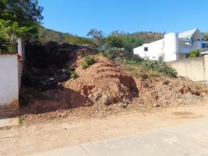 Terreno En Ventaen Valencia, Colinas De Guataparo, Venezuela, VE RAH: 17-3981