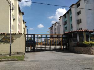 Apartamento En Ventaen Valencia, Los Caobos, Venezuela, VE RAH: 17-4160