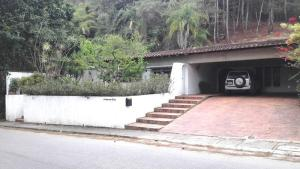 Casa En Alquileren Caracas, La Lagunita Country Club, Venezuela, VE RAH: 17-4481