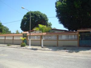 Casa En Ventaen Higuerote, Ciudad Balneario Higuerote, Venezuela, VE RAH: 17-4665