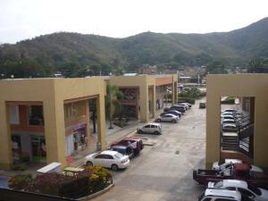 Local Comercial En Ventaen Municipio San Diego, Los Jarales, Venezuela, VE RAH: 17-5730