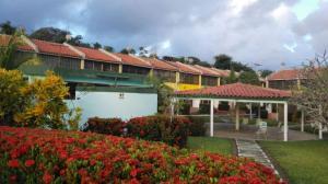 Apartamento En Ventaen Higuerote, Higuerote, Venezuela, VE RAH: 16-20151
