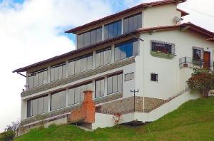 Casa En Ventaen Carrizal, Municipio Carrizal, Venezuela, VE RAH: 17-5128