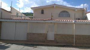 Casa En Ventaen La Victoria, San Homero, Venezuela, VE RAH: 17-5741